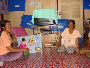 Khamsone teaching a class
