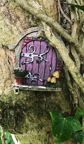 Chic purple fairy door