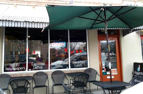 Outdoor seating, Duggan's Coffee, Albuquerque, New Mexico