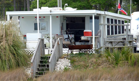 Intracoastal Waterway - trailer living