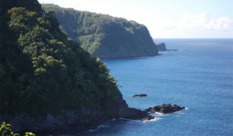 Coastline, road to Hana, Maui