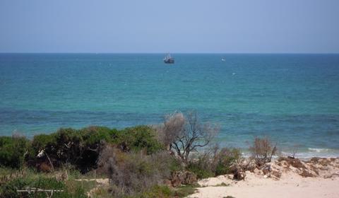 Mediterranean-Colors-aquamarine-sapphire