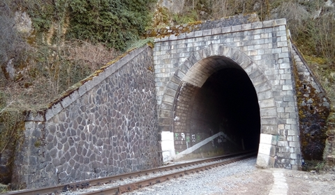 One can safely pass through this tunnel, but I would advise against it