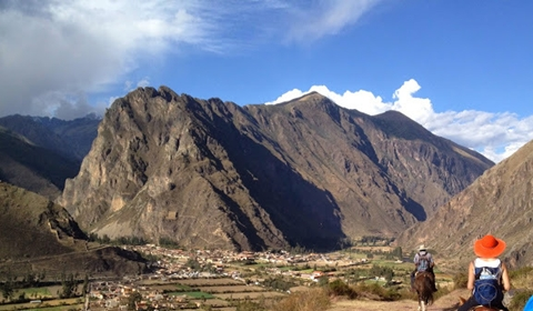 Riding back to Ollantaytambo