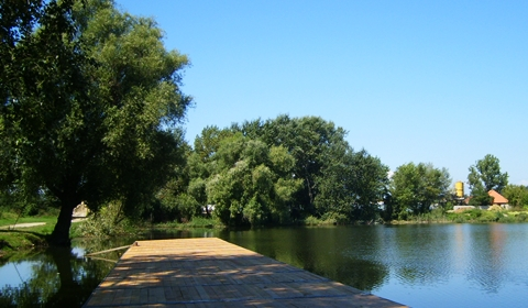 A better view of a Sajószöged lake.