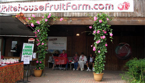 White House Fruit Farm supermarket